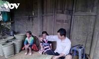 """La banasta """"lù cở"""", instrumento laboral indispensable de las mujeres de la etnia Mong"""