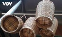 La olla para cocinar arroz glutinoso, una herramienta primordial de la etnia Thai