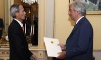 Embajador vietnamita en Uruguay presenta cartas credenciales
