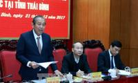 Vice primer ministro Truong Hoa Binh revisa el desarrollo socioeconómico de Thai Binh