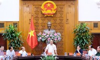 Premier vietnamita se reúne con las autoridades de Binh Thuan