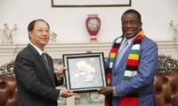 Zimbabue y Vietnam estrechan lazos