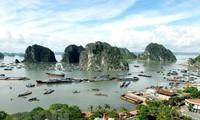 Exhibición sobre Bahía de Ha Long a lo largo del tiempo