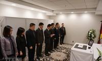 Rinden homenaje al expresidente Le Duc Anh en numerosos países