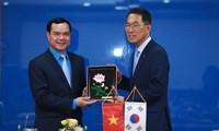 Vietnam y Corea del Sur mejoran cooperación sindical