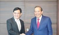 Vietnam por afianzar relaciones con Singapur