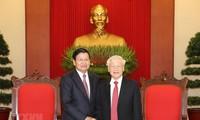 Premier de Laos concluye su visita oficial a Vietnam