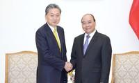 Premier de Vietnam recibe a director de Instituto de Investigación de Asia Oriental de Japón