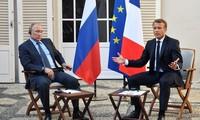 Francia y Rusia conversan sobre Ucrania