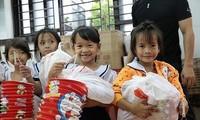 Brindarán un Tet cálido para niños necesitados en Vietnam
