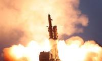 Corea del Norte hizo pruebas con lanzadera múltiple de cohetes de gran tamaño