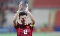 Estrella del fútbol vietnamita participa en programa asiático contra Covid-19