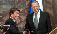 Japón y Rusia acuerdan reiniciar diálogos sobre un tratado de paz