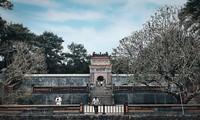 Belleza pacífica y antigua de la ciudad imperial de Hue