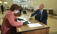 Los rusos votan por el futuro del país