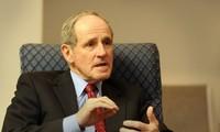 Senador estadounidense promete trabajar por impulsar la asociación integral con Vietnam