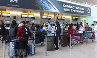 Repatrían a 340 vietnamitas varados en Reino Unido