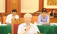 Buró Político del Partido Comunista de Vietnam sesiona con Ciudad Ho Chi Minh sobre temas importantes