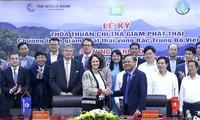 Vietnam y el Banco Mundial firman acuerdo de reducción de emisiones