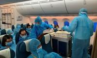 Repatriación de más de 240 ciudadanos vietnamitas desde Singapur