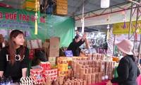 Los productos OCOP atraen a consumidores de Quang Ngai durante los días previos al Tet