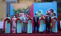 Inauguran en Quang Nam exposición fotográfica sobre flores colombianas