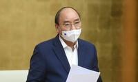 Premier de Vietnam pide mejorar la gestión de la deuda pública