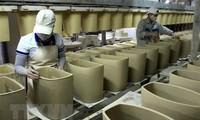 Vietnam continúa apoyando a los trabajadores y empleadores que enfrentan dificultades debido al covid-19