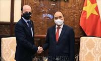 Argentina desea promover la asociación estratégica con Vietnam