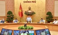 Premier vietnamita preside conferencia en línea sobre la situación epidémica en el país