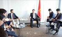 Vietnam estrecha relaciones con FESI y Nike
