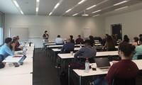 Debaten en Suiza entorno para innovación y startups en Vietnam