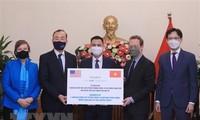 Vietnam recibe simbólicamente 1,5 millones de dosis de vacuna anticovid-19