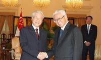 阮富仲会见新加坡总统陈庆炎