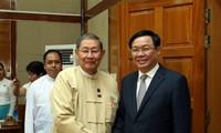 越南政府副总理王庭惠会见缅甸计划和财政部部长梭温