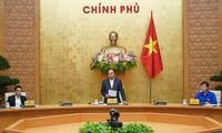越南政府总理阮春福与胡志明共青团中央委员会举行工作会议