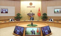 越南政府总理阮春福与同奈省领导班子举行工作会议