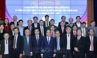 阮春福出席越南第一届国会选举75周年纪念见面会