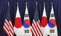 韩国青瓦台国家安保室室长徐薰抵达纽约出席韩美日国安首长会议