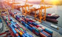 越南今年前四个月贸易顺差达16.3亿美元