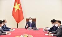 越南和加拿大加强外交与合作关系 以应对疫情