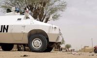 Mali: trois Casques bleus tués, deux blessés