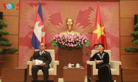 Nguyen Thi Kim Ngan recoit le vice-président du Sénat cambodgien