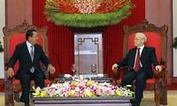 Nguyên Phu Trong reçoit Hun Sen