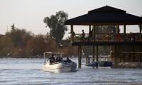 Irak: près de 100 morts dans le naufrage d'un bac à Mossoul, deuil national décrété