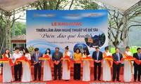 Exposition de photos «La mer et les îles de la Patrie» à Ninh Binh