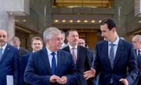 """Syrie: Assad promet de """"poursuivre"""" les efforts pour former un comité consitutionnel"""