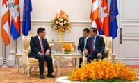 Le vice-Premier ministre vietnamien rencontre le Premier ministre cambodgien