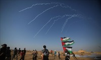 Gaza: 75 Palestiniens blessés dans des affrontements avec des soldats israéliens