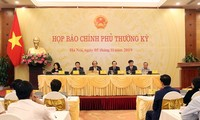 Conférence de presse à l'issue de la réunion gouvernementale d'octobre